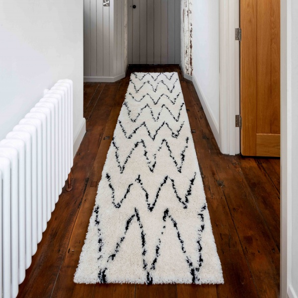 Soft Berber Moroccan Chevron Shaggy Hall Runner - Nivala