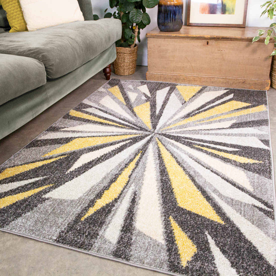 Black Yellow Retro Optical Burst Living Room Rug - Vivid
